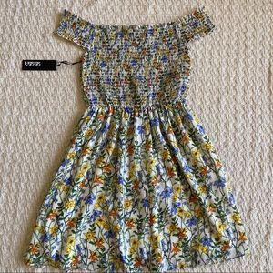Lulu's Dresses - Lulus floral print off shoulders dress size M